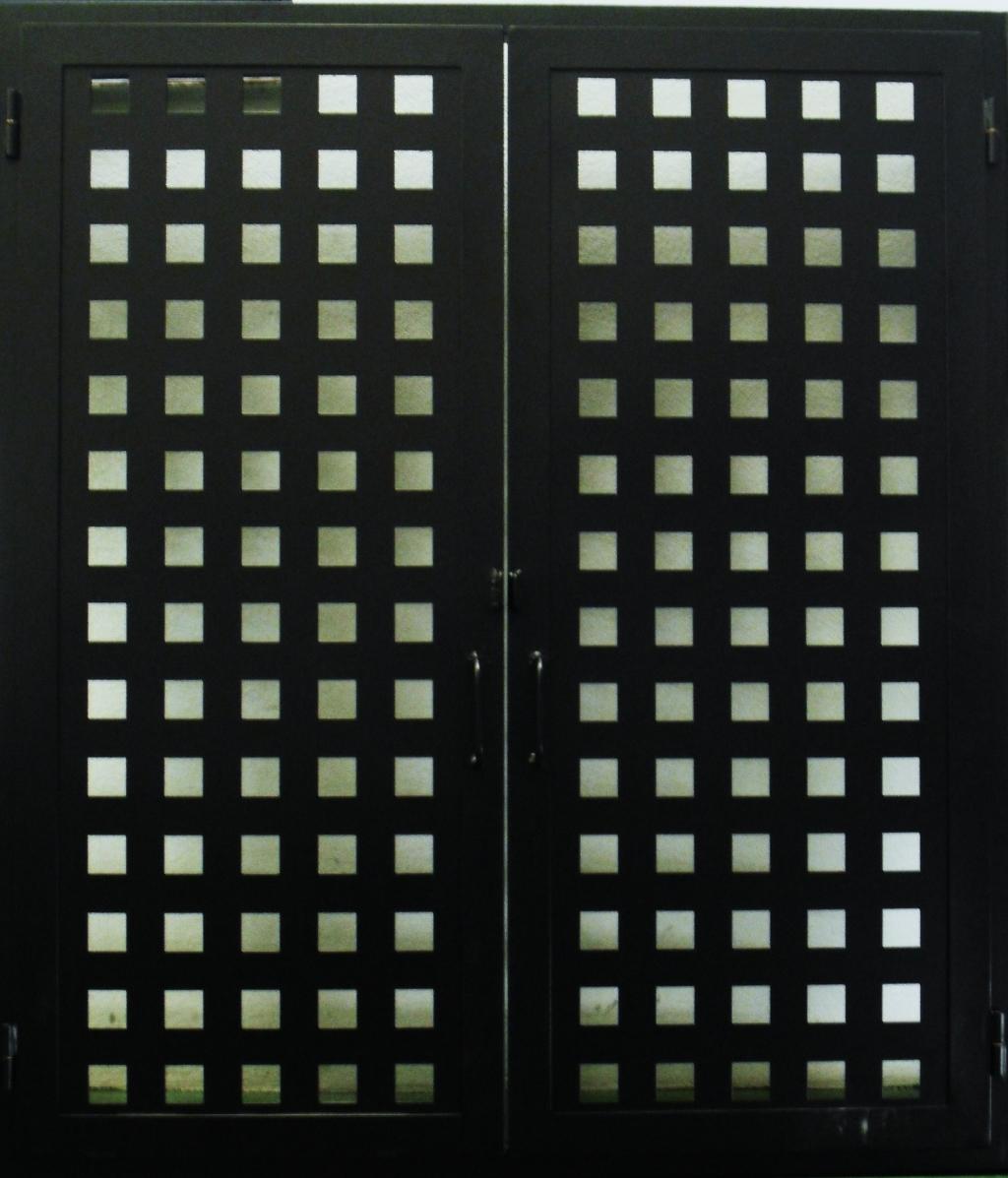 Puertas hierro alufin for Puertas para patios modelos